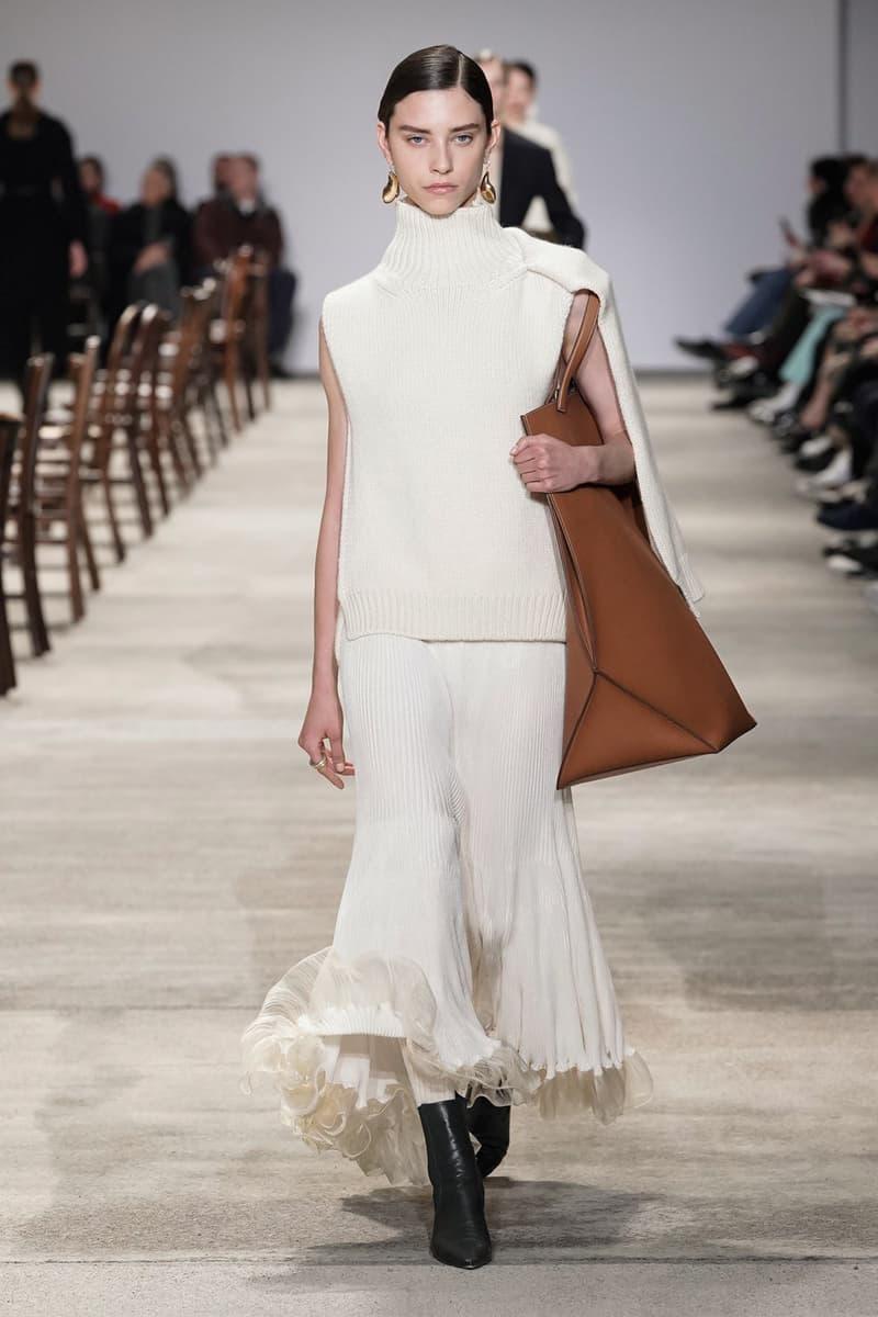 Jil Sander Fall/Winter 2020 Collection Runway Show Knit Turtleneck Pleated Skirt Cream
