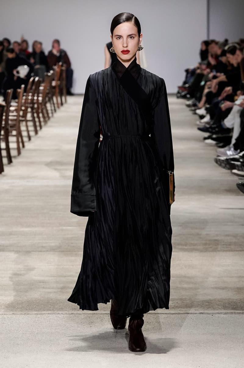 Jil Sander Fall/Winter 2020 Collection Runway Show Pleated Dress Black