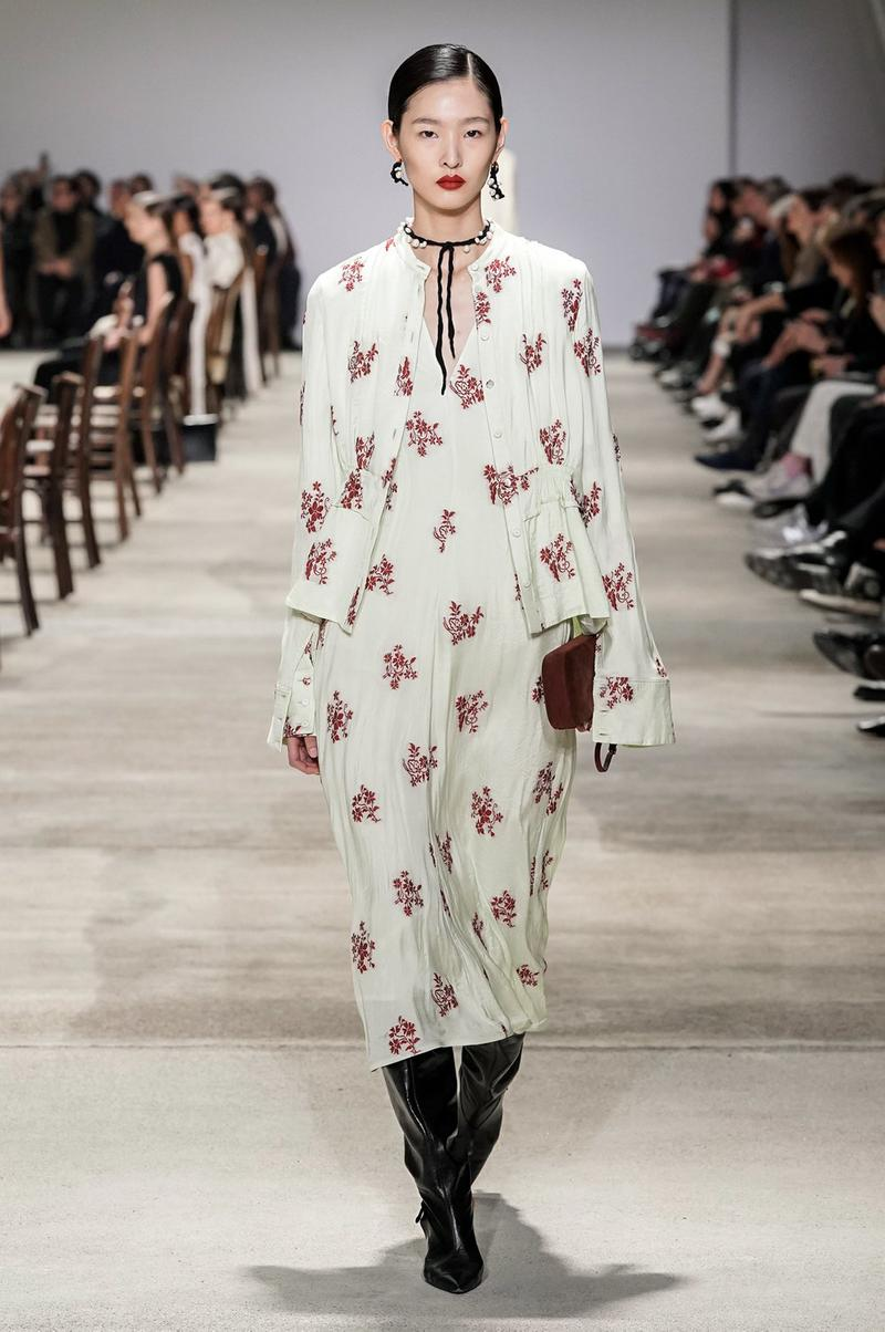 Jil Sander Fall/Winter 2020 Collection Runway Show Floral Dress White Red