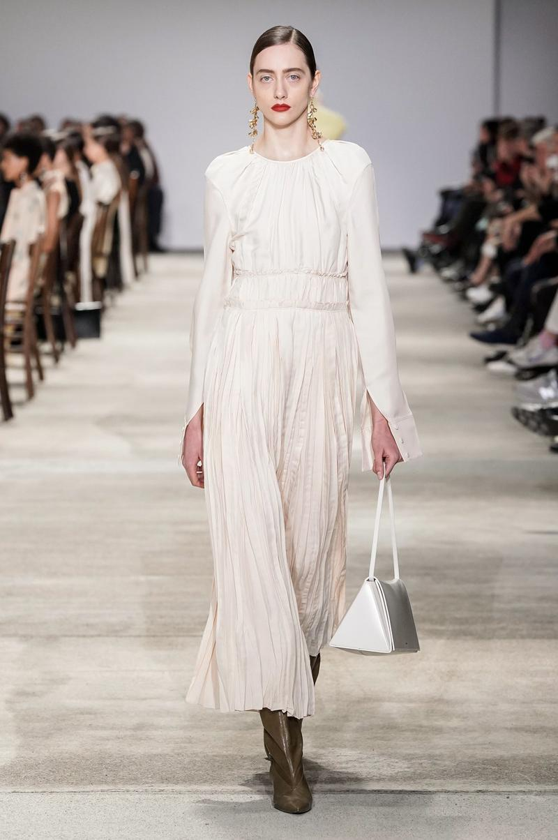 Jil Sander Fall/Winter 2020 Collection Runway Show Pleated Dress White