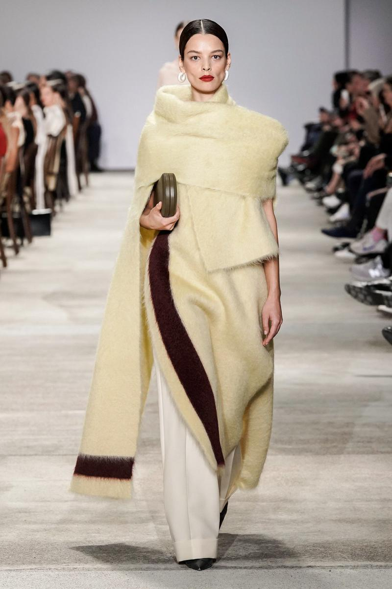 Jil Sander Fall/Winter 2020 Collection Runway Show Wool Wrap Yellow