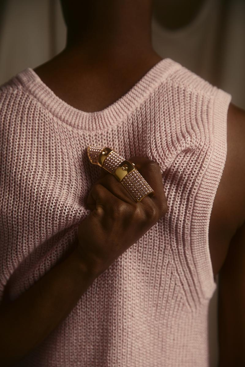 klarna Bea Åkerlund akerlund ring collaboration collection rose pink crystal pave full finger knuckle buy now pay later leap year leap day dress for success
