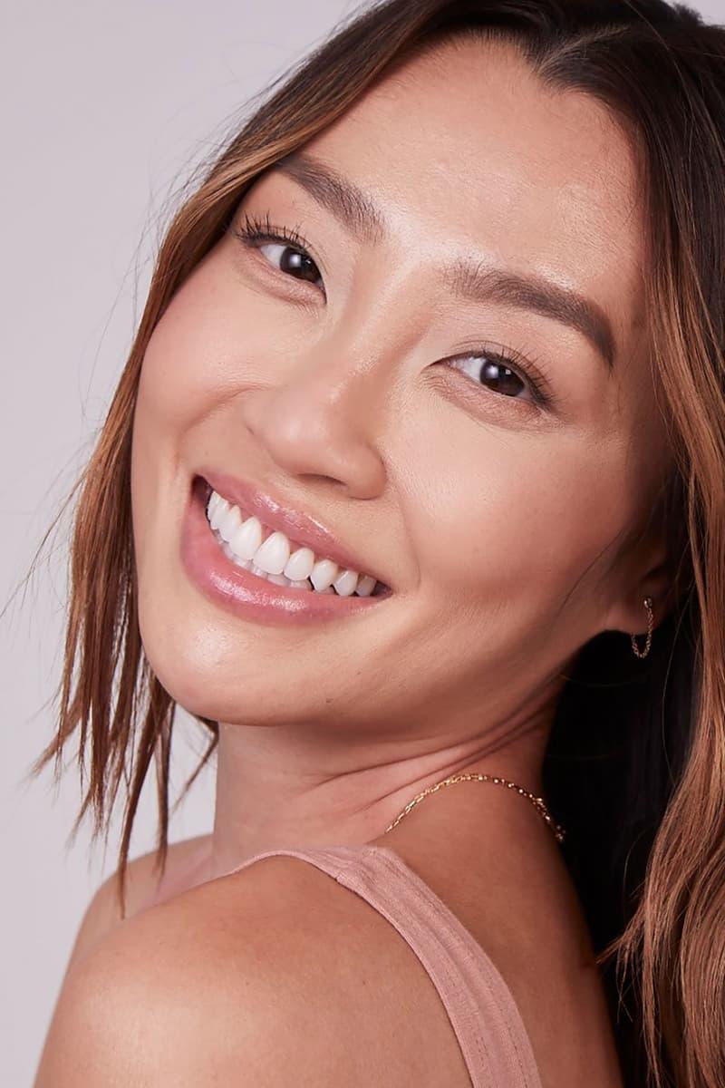 kosas revealer super cream brightening concealer skincare makeup clean beauty