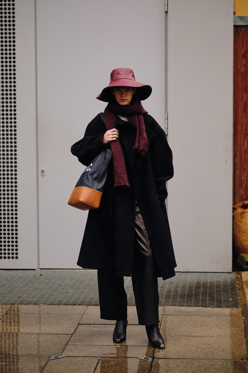 Street Style London Fashion Week Fall Winter 2020 Hat Boots