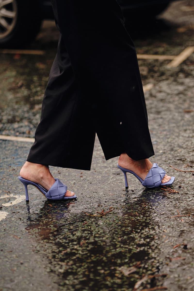 Street Style London Fashion Week Fall Winter 2020 Bottega Veneeta mules sandals heels
