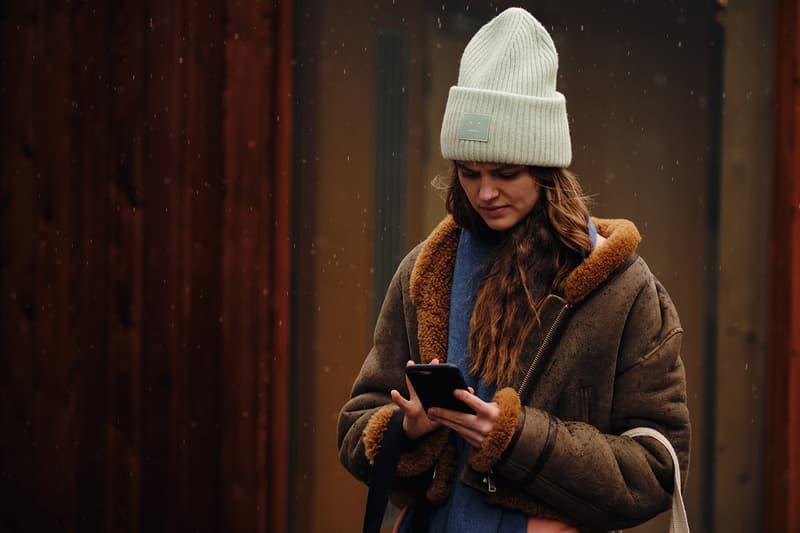 Street Style London Fashion Week Fall Winter 2020 Acne Studios Beanie