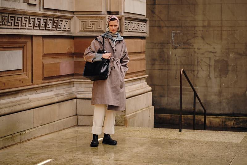 Street Style London Fashion Week Fall Winter 2020 headscarf