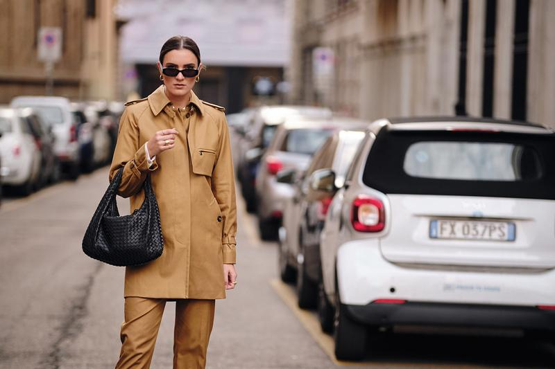 Bottega Veneta BV Jodie Bag Black Street Style Trends Milan Fashion Week Fall Winter 2020 FW20