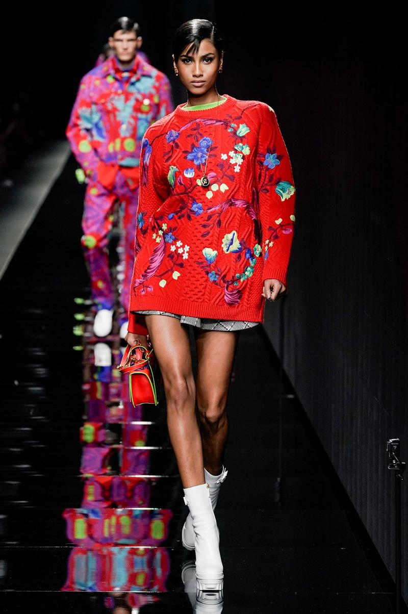 Versace Fall/Winter 2020 Collection Runway Show Floral Sweater Red