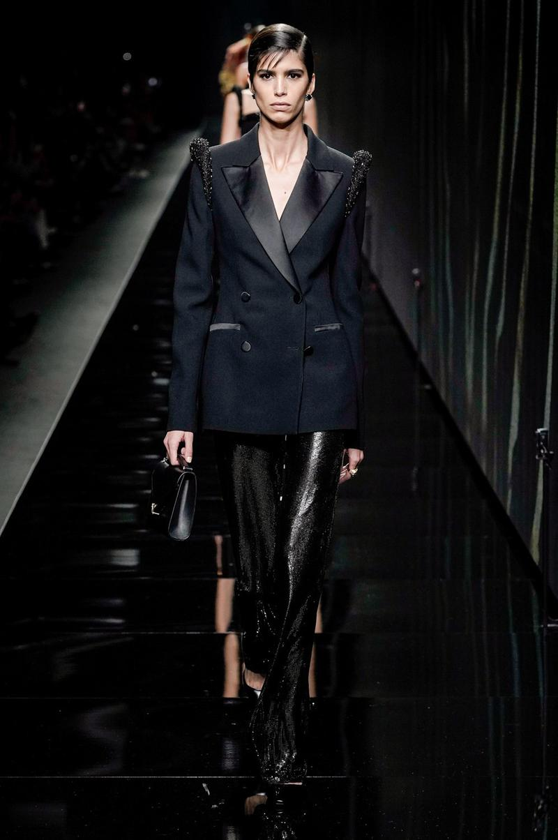 Versace Fall/Winter 2020 Collection Runway Show Tuxedo Jacket Black