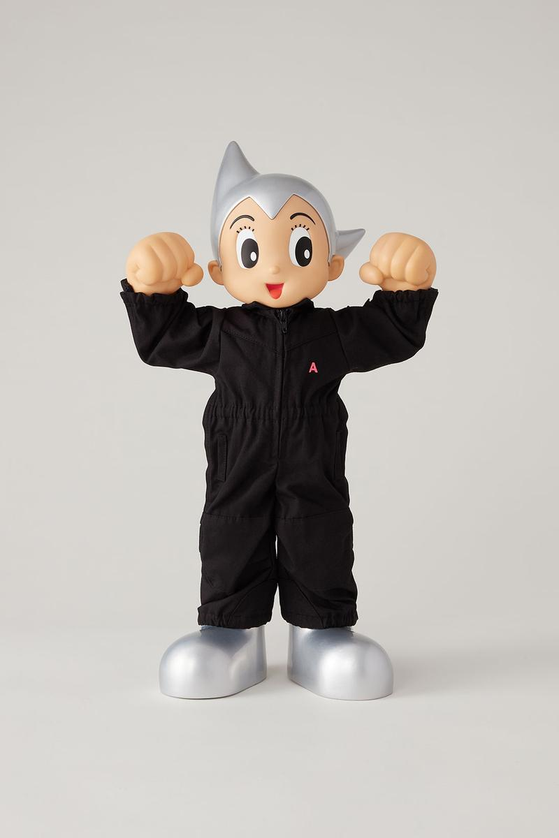 ASTRO BOY AMBUSH BAIT Figure Collectible Character Black White Jumpsuits
