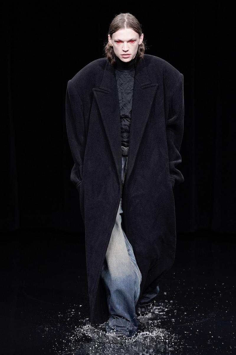 Balenciaga Fall/Winter 2020 Collection Runway Show Demna Gvasalia