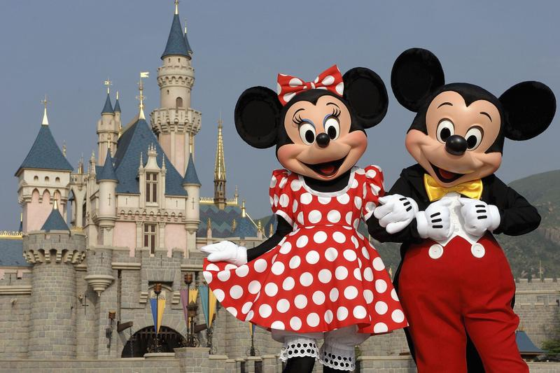 Disney Shuts All Theme Parks Due to Coronavirus Outbreak COVID-19