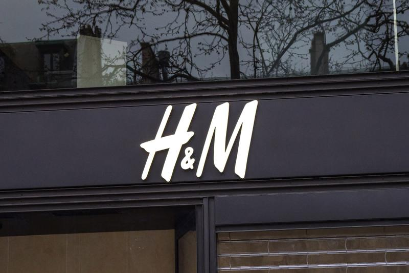 H&M Group Dedicates Supply Chain to Hospital Equipment Coronavirus Pandemic Masks Healthcare Workers Hospitals