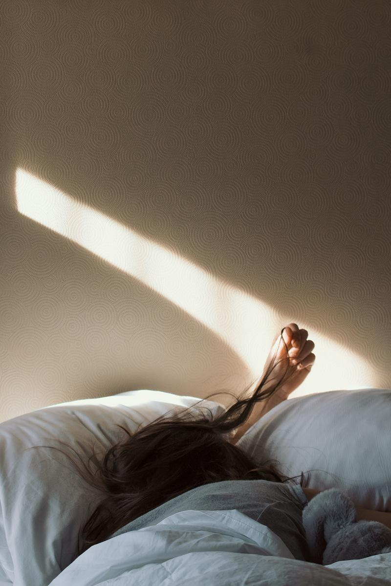 Sleeping Bed Insomnia White Sheets Sunlight Mental Health
