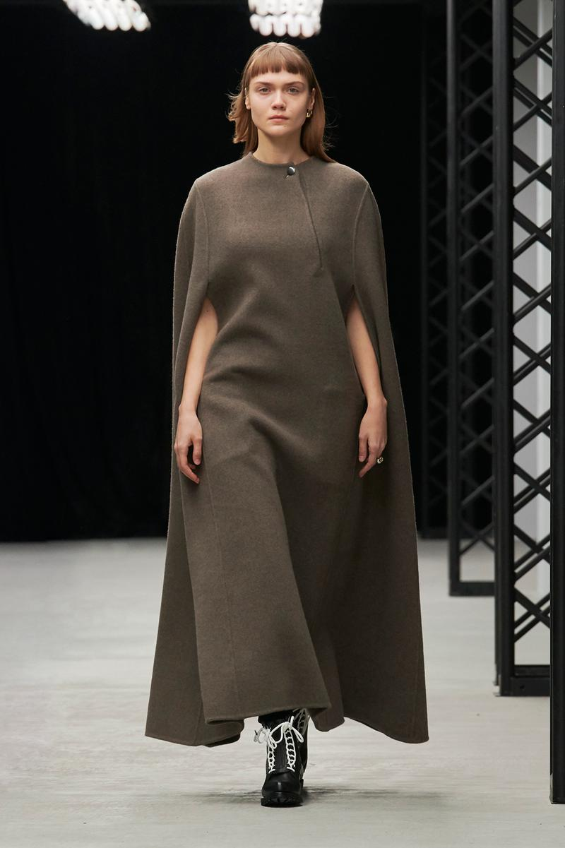 HYKE Fall/Winter 2020 Collection Runway Show Poncho Dress Brown