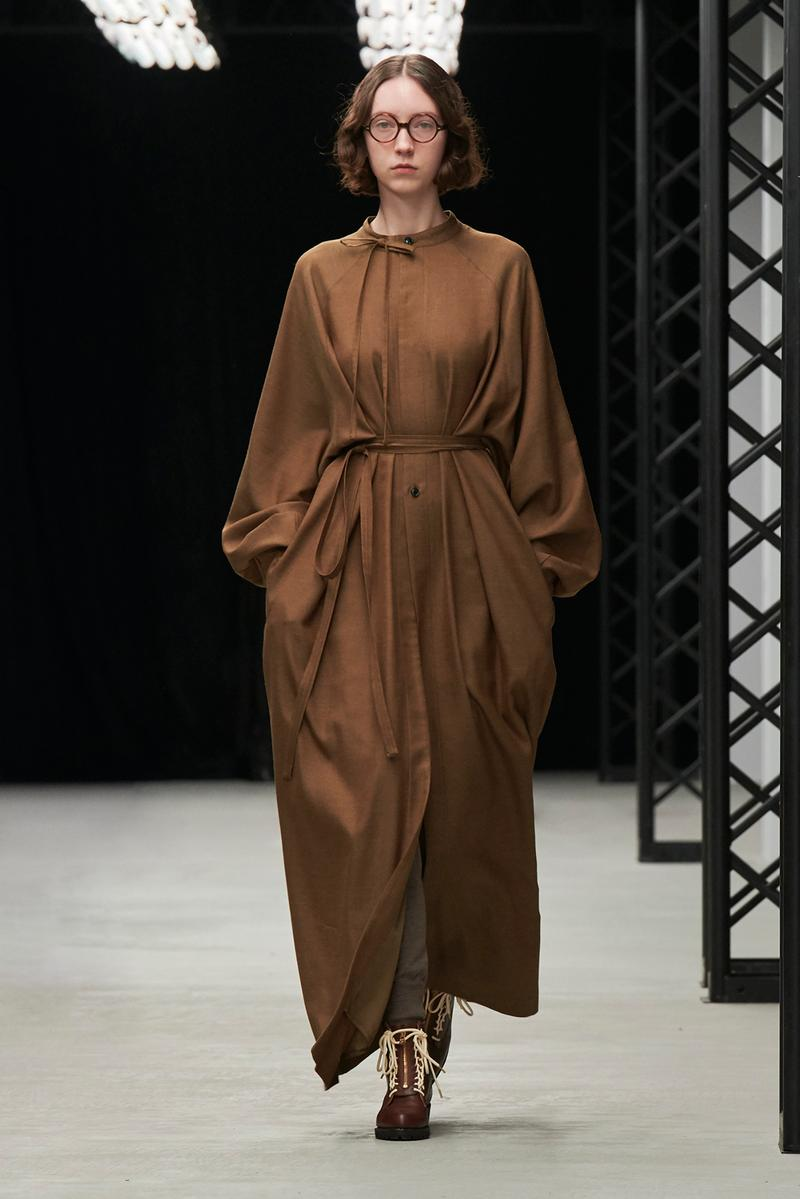 HYKE Fall/Winter 2020 Collection Runway Show Tie Neck Dress Brown