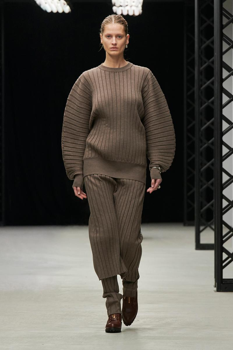 HYKE Fall/Winter 2020 Collection Runway Show Top Pants Brown