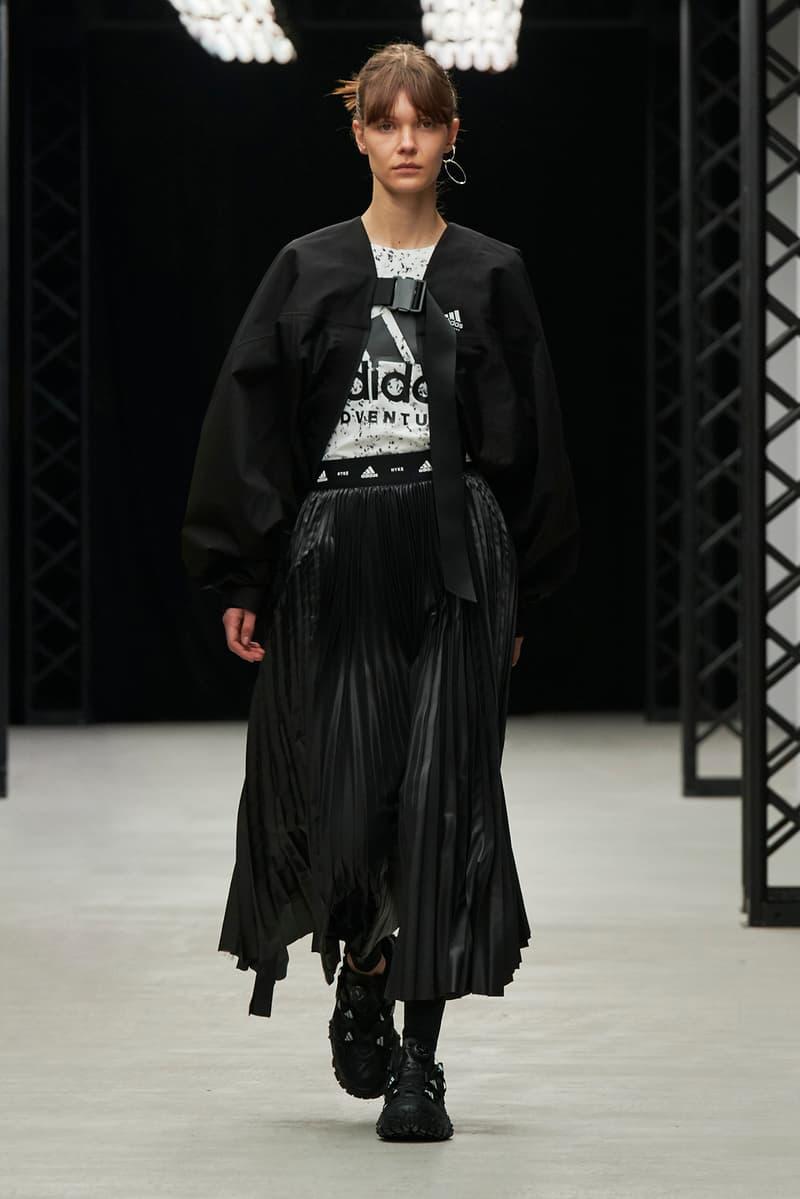 HYKE Fall/Winter 2020 Collection Runway Show Coat Black