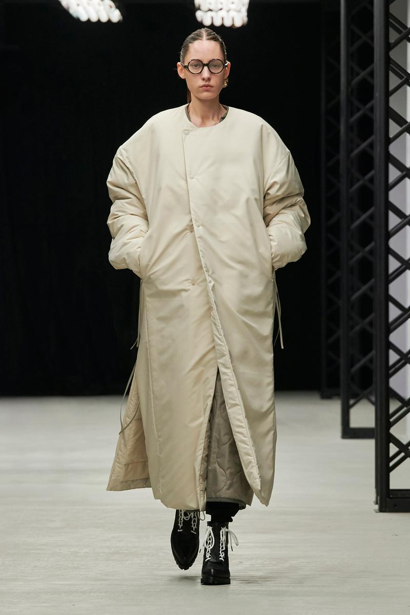 HYKE Fall/Winter 2020 Collection Runway Show Nylon Coat White