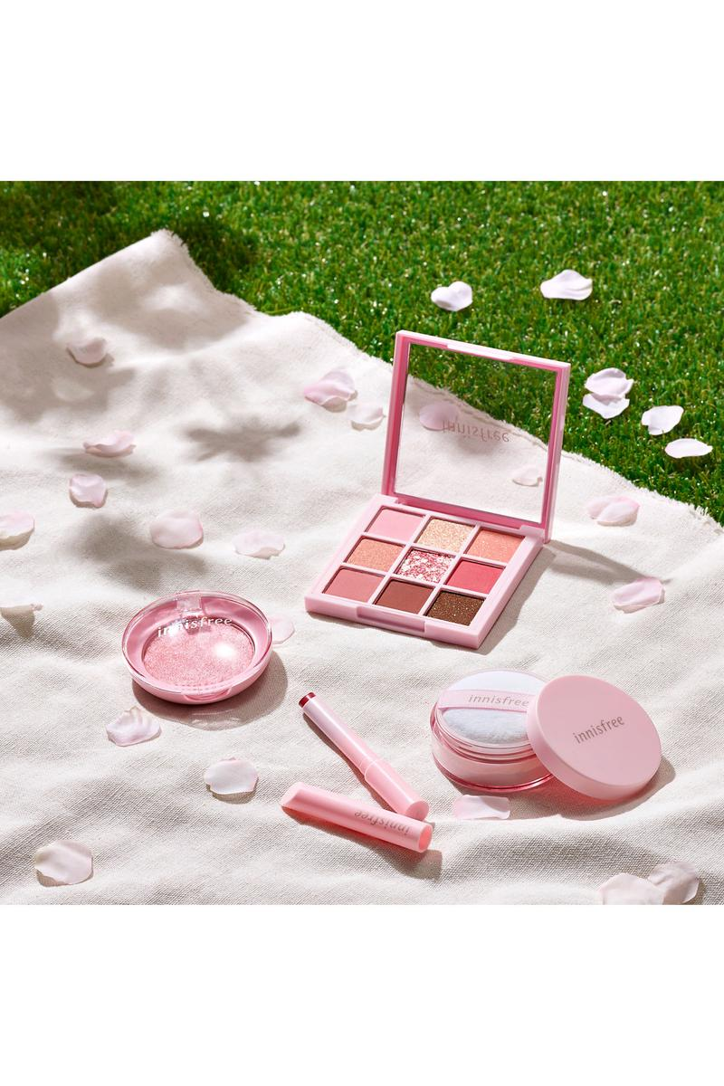 innisfree Jeju Cherry Blossom Collection Makeup Eyeshadow Highlighter