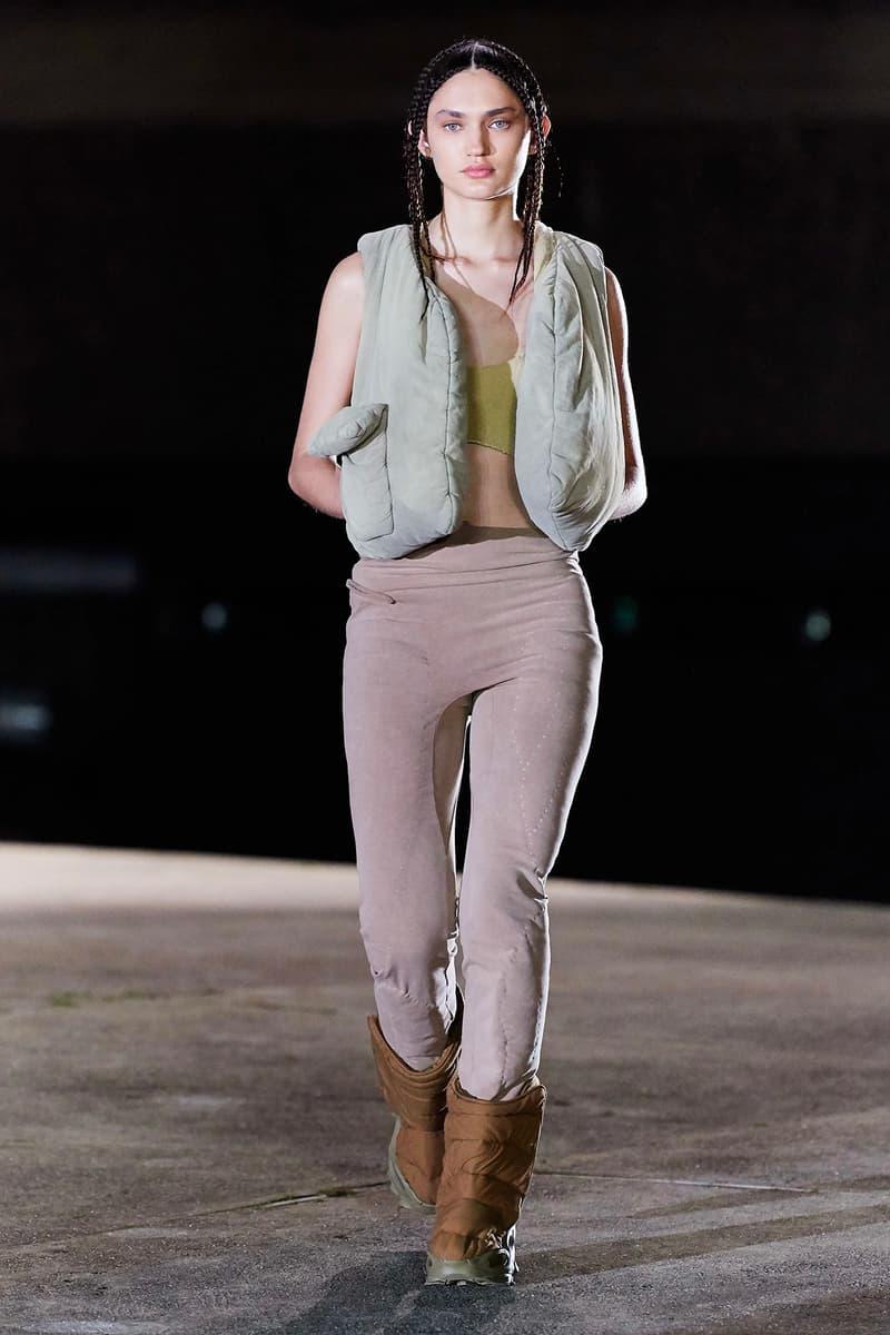 Kanye West YEEZY Season 8 Show Paris Fashion Week Runway Model purple pants boots