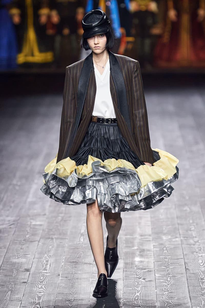 Louis Vuitton Fall/Winter Collection Runway Show Blazer Ruffle Skirt