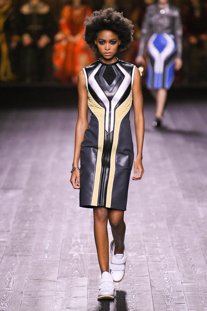 Louis Vuitton Fall/Winter Collection Runway Show Moto Dress Black Beige