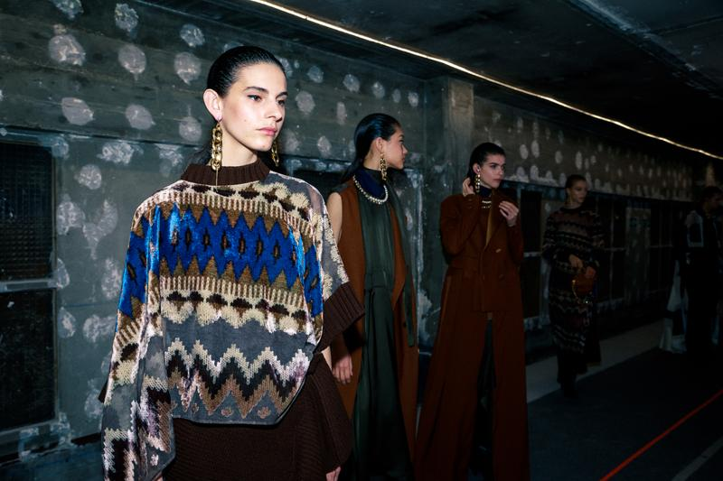 sacai Fall/Winter 2020 Collection Backstage Paris Fashion Week