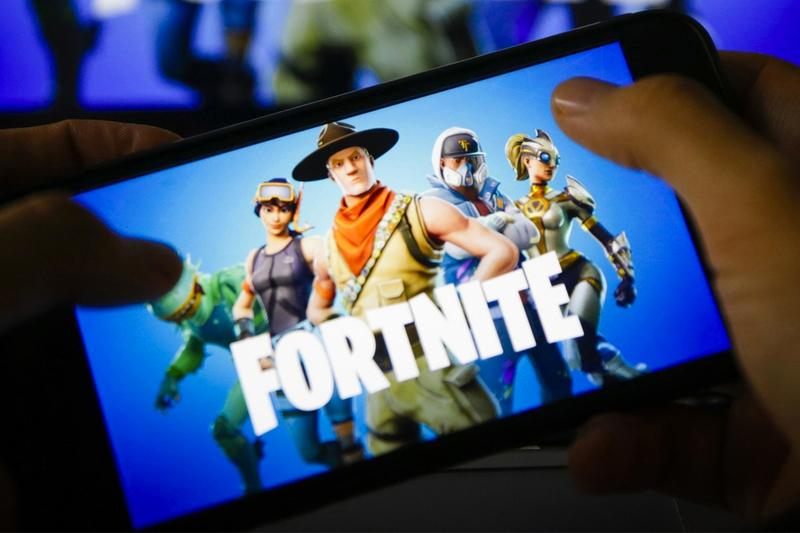 video games mobile phone ios android fortnite epic games