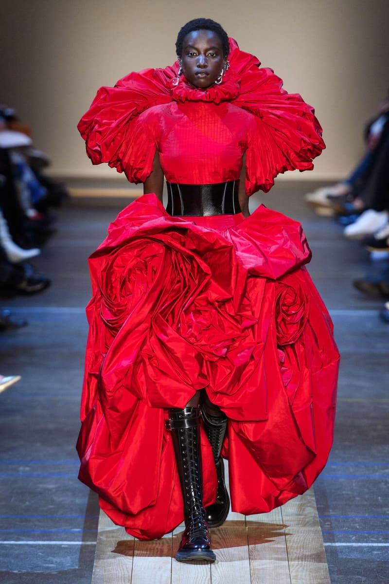 Alexander McQueen Fall/Winter 2019 Collection Paris Fashion Week Show Roses Dress Finale