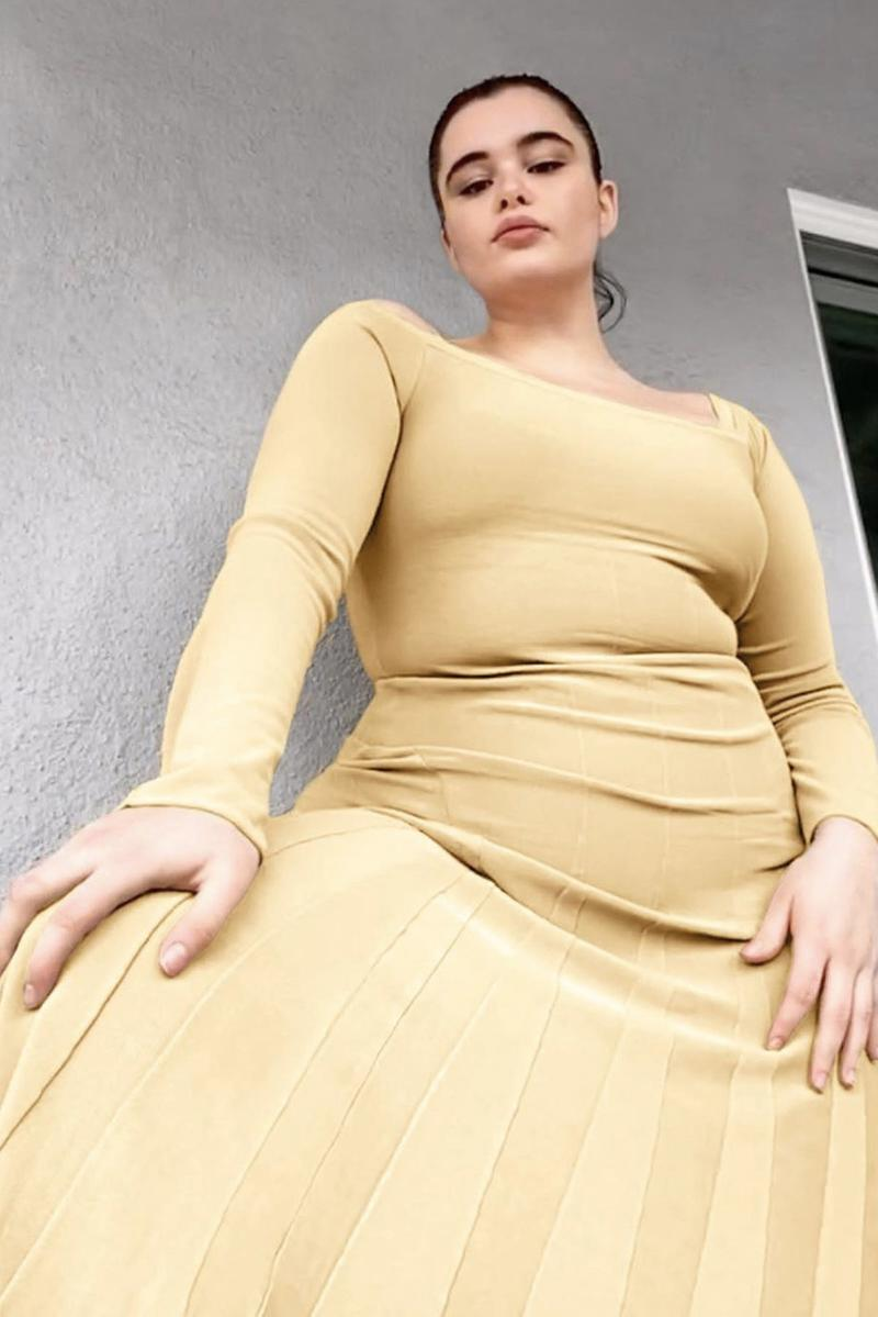Jacquemus at Home FaceTime Photoshoot Bella Hadid Barbie Ferreira Campaign
