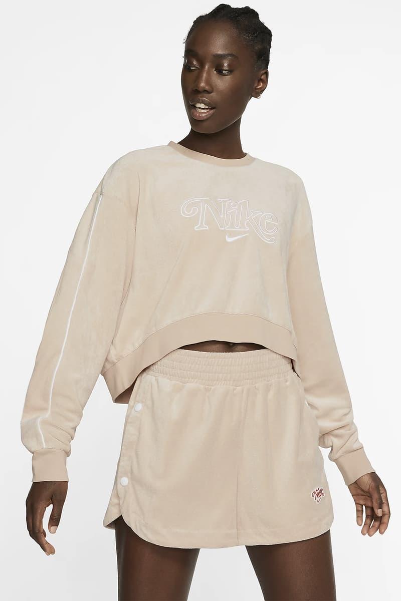 nike sportswear womens crewneck sweater shorts beige coral peach fashion