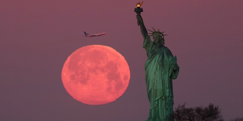 Here's When to Catch the Biggest, Brightest Supermoon of 2020