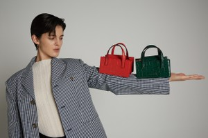 Picture of Korean Handbag Brand Marge Sherwood Unveils Its SS20 Lookbook