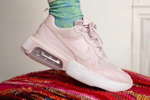 Picture of Nike's Air Max Verona Arrives in New Summer-Ready Colorways