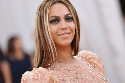 Beyoncé and Stylist Zerina Akers Create Directory of Black-Owned Businesses