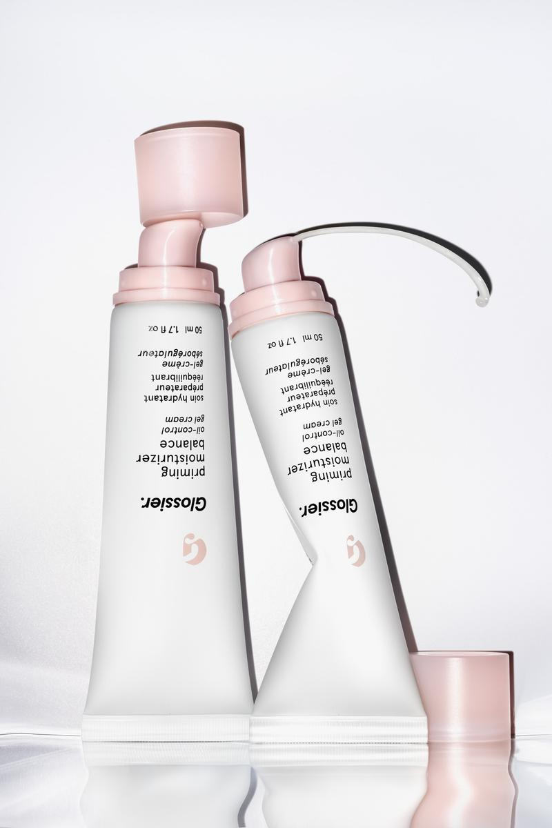 Glossier Priming Moisturizer Balance Release Product Oil Control Gel Cream Skincare Beauty