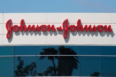 "Johnson & Johnson Are Discontinuing ""Skin Lightening"" Products"