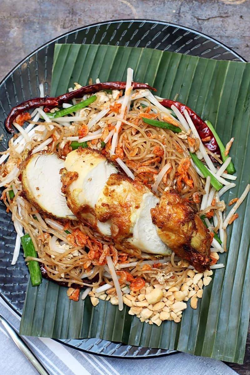 best pad thai restaurants new york city manhattan brooklyn queens wayla