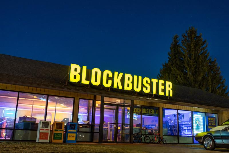 blockbuster store airbnb worlds last booking oregon bend rent price movie night
