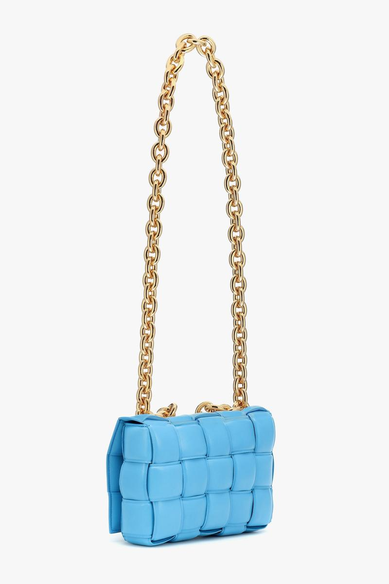 bottega veneta chain cassette blue shoulder bag intrecciato weave swimming pool-gold daniel lee
