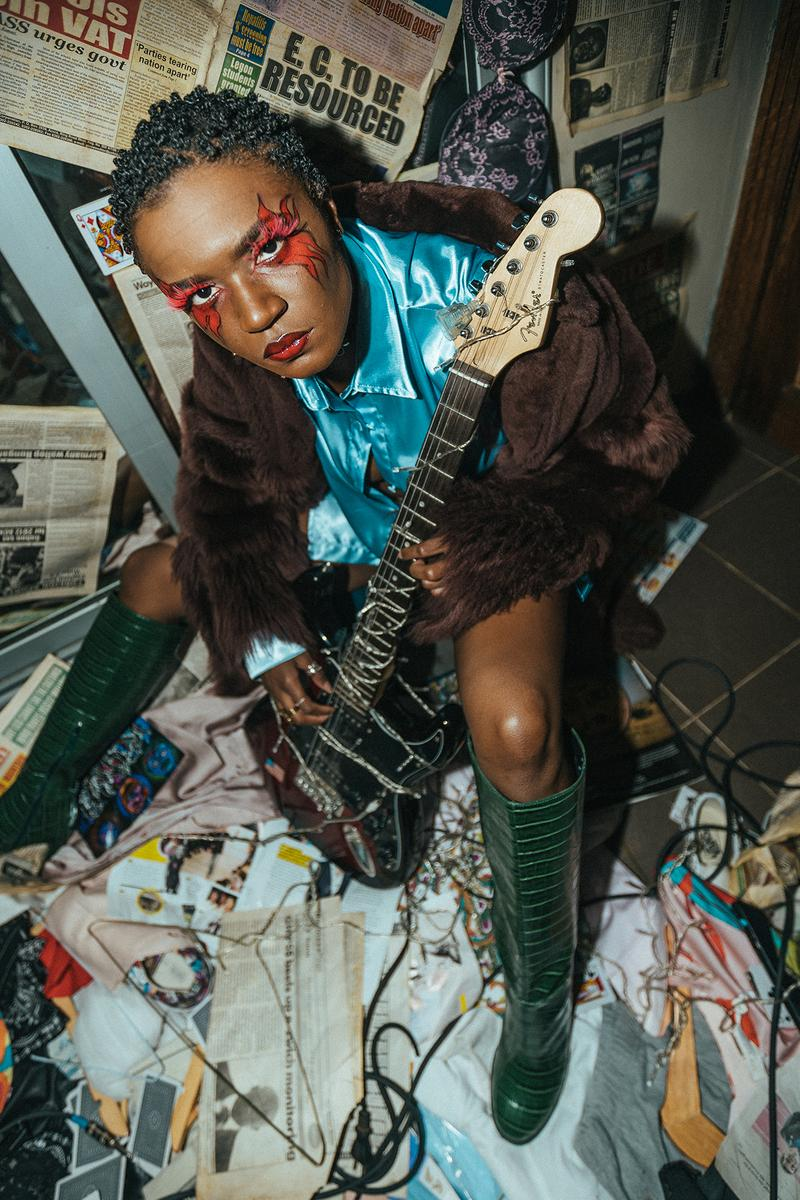 Amaarae Ama Serwah Genfi Ghanaian American music artist makeup guitar singer