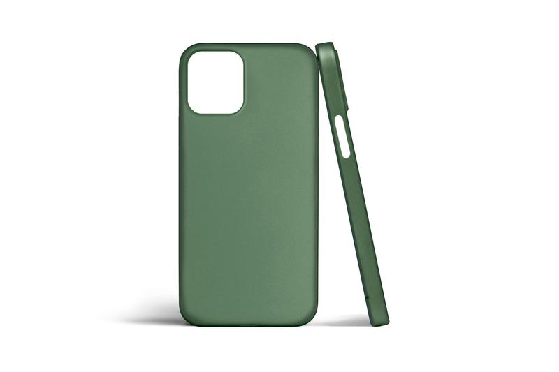 totallee iPhone 12 Phone Case Green Apple