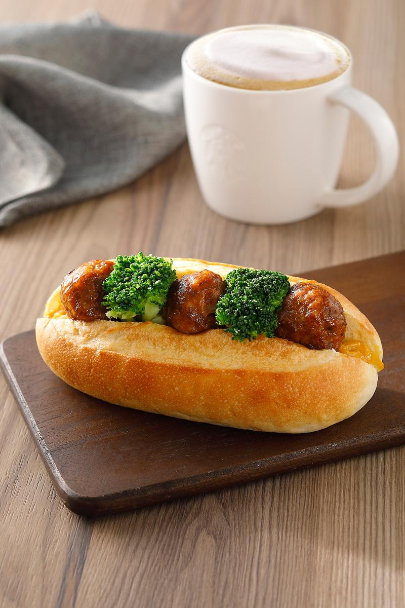 starbucks asia hong kong singapore plant based vegan coffee impossible meat pastries sandwiches wraps pies