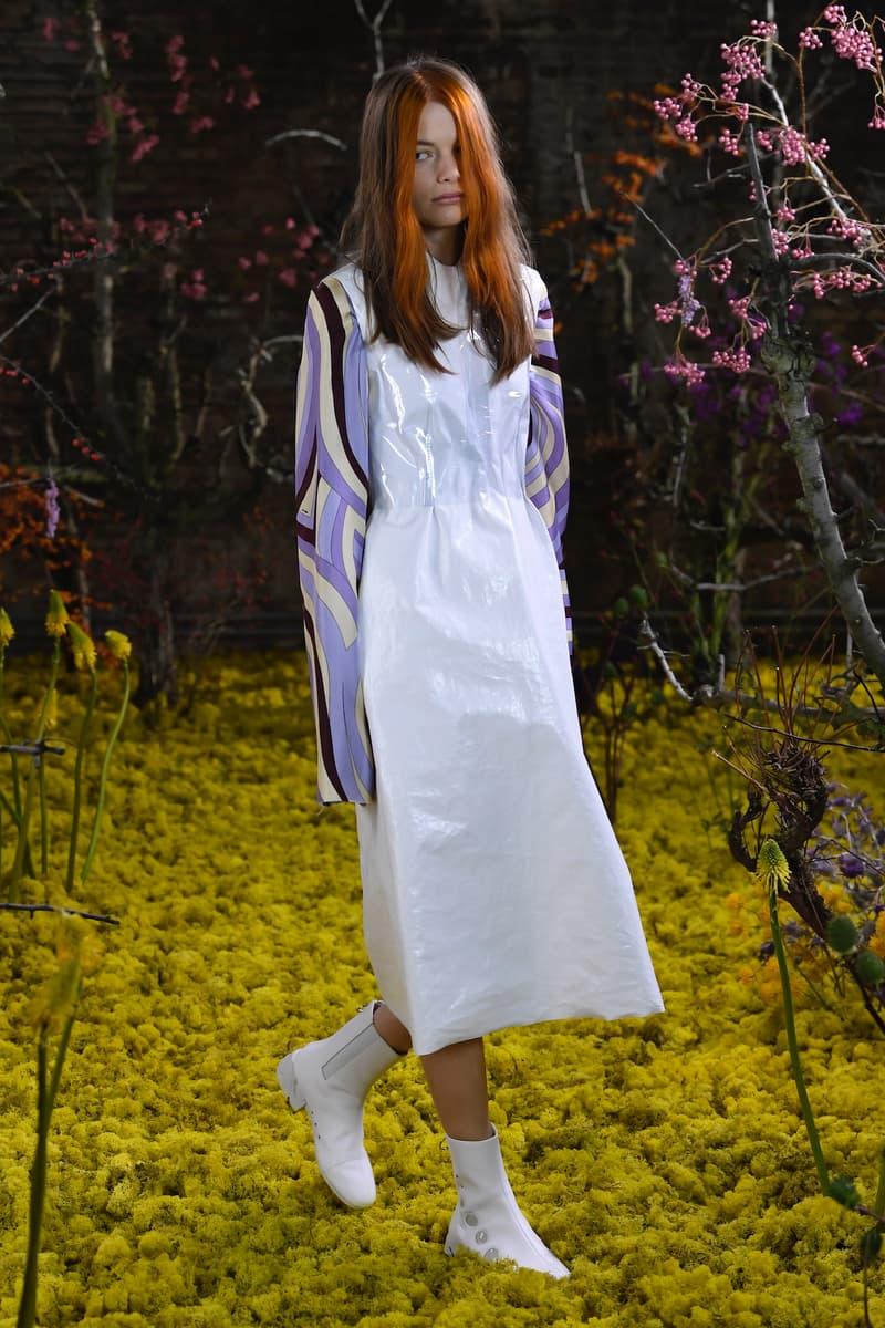 "Raf Simons Womenswear Collection ""Teenage Dream"" Menswear Spring Summer 2021"