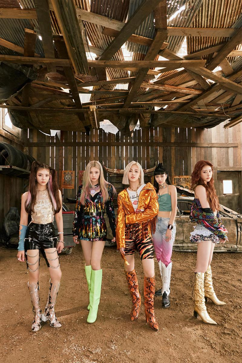 itzy not shy group shot k-pop group jyp lia yeji ryujin yuna chaeryeong