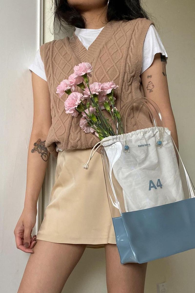 sweater vest trend beige white t-shirt flowers A4 crossbody clear pvc bag pameluft