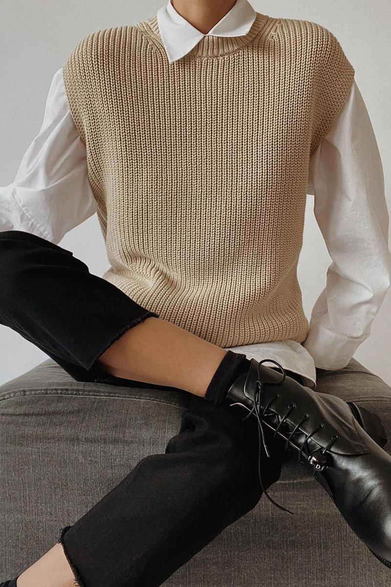 beige fall winter outfit style guide sweater vest white shirt modedamour