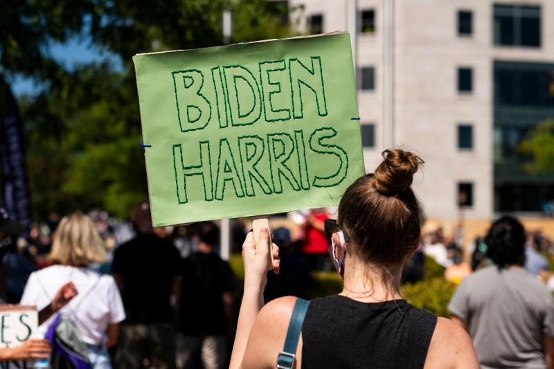 Joe Biden Kamala Harris Sign 2020 Election Minnesota